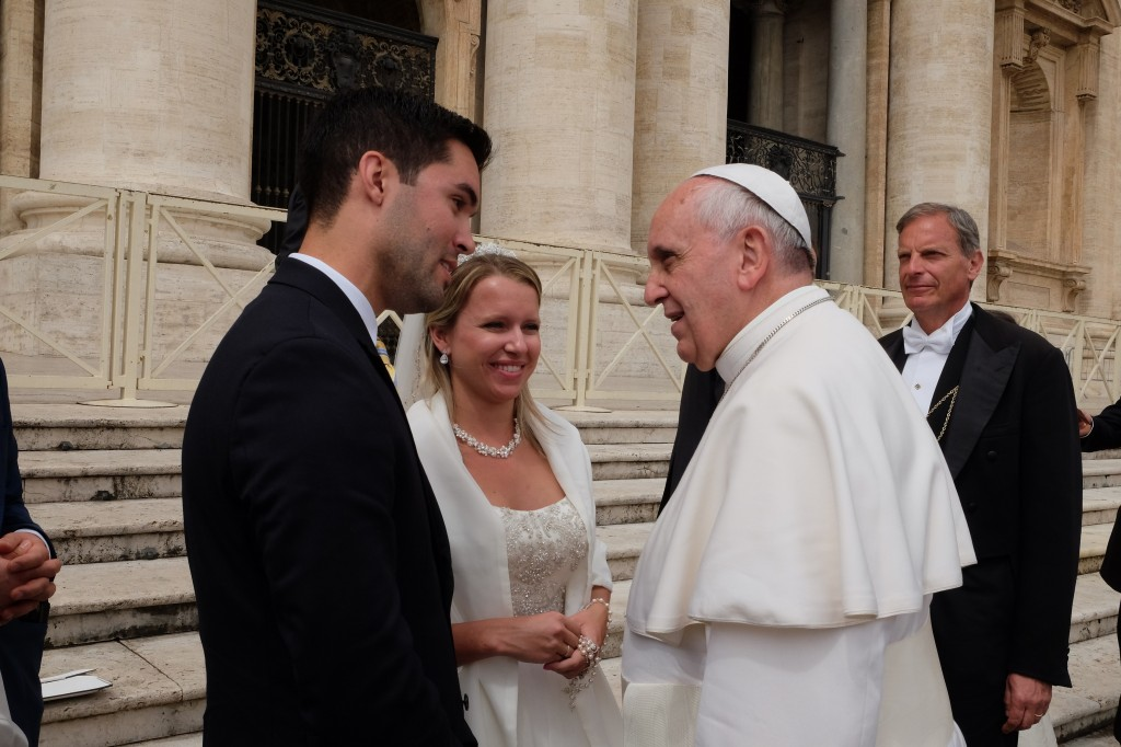 College Of Medicine Med Student Newlywed Receives Papal Blessing