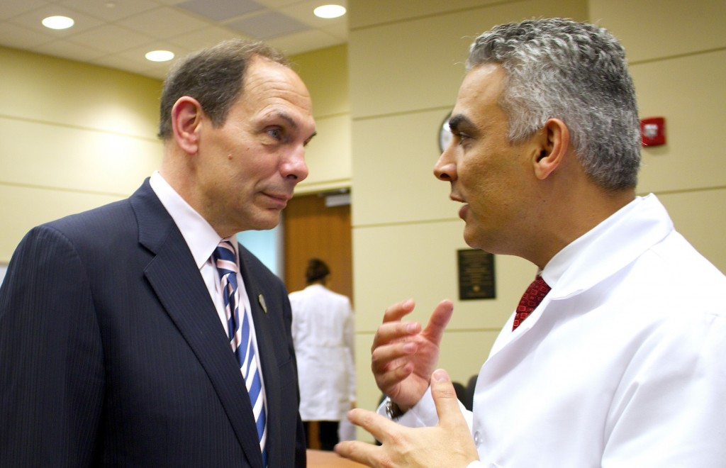College of Medicine – US VA Chief Touts Opportunities For
