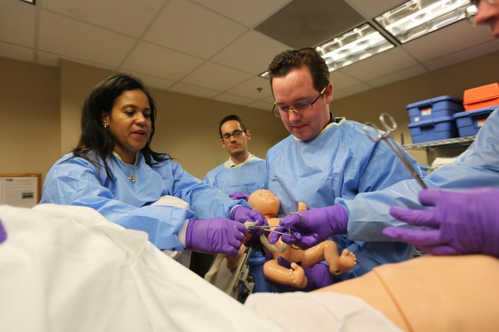 College Of Medicine Robot Mom Gives Ob Gyn Students First Delivery